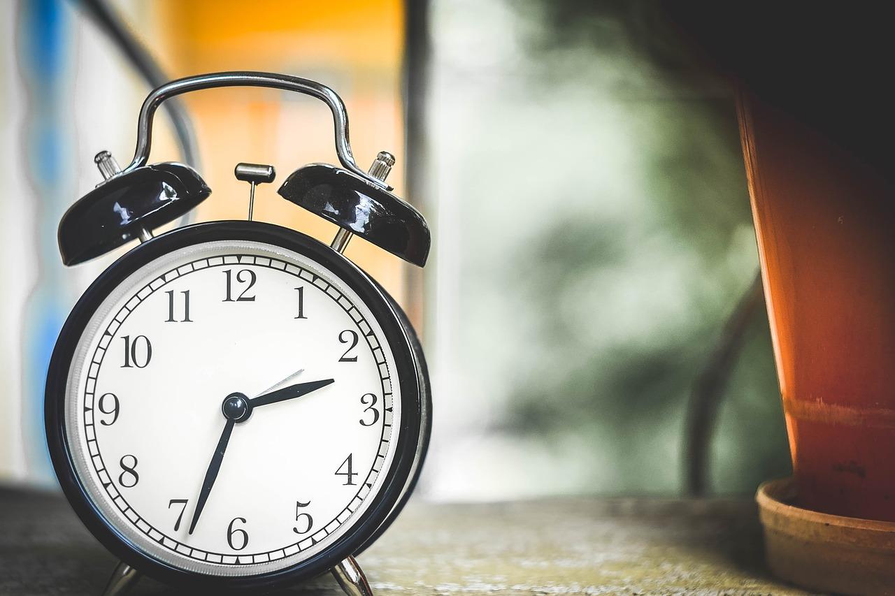 『時計の読み方』練習プリントが無料ダウンロードできるサイト5選