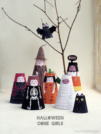 printable-paper-dolls-halloween-costume