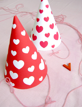printable-party-hat-valentines